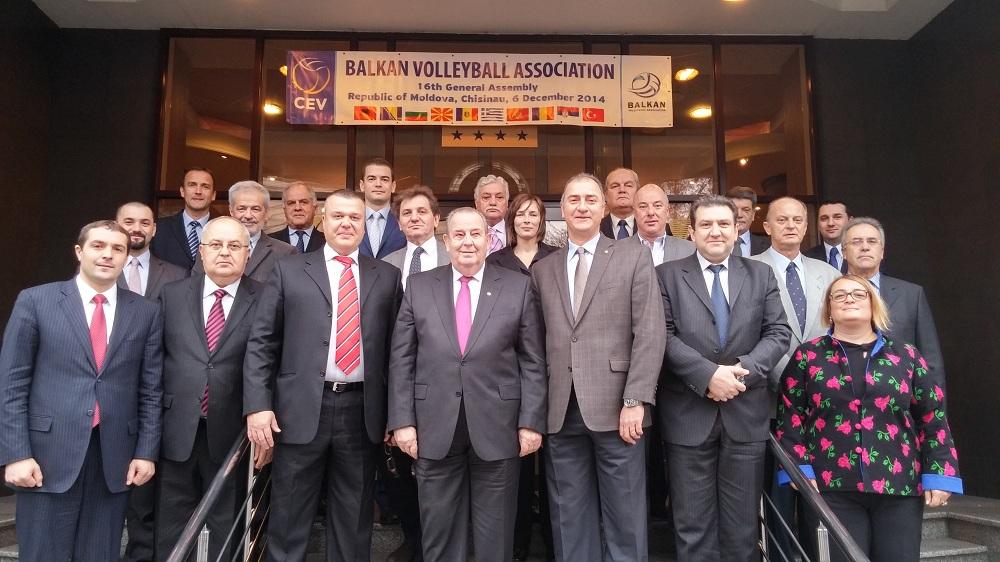 Učesnici 16. Generalne Skupštine BVA sa Predsjednikom CEV Andre Mejerom