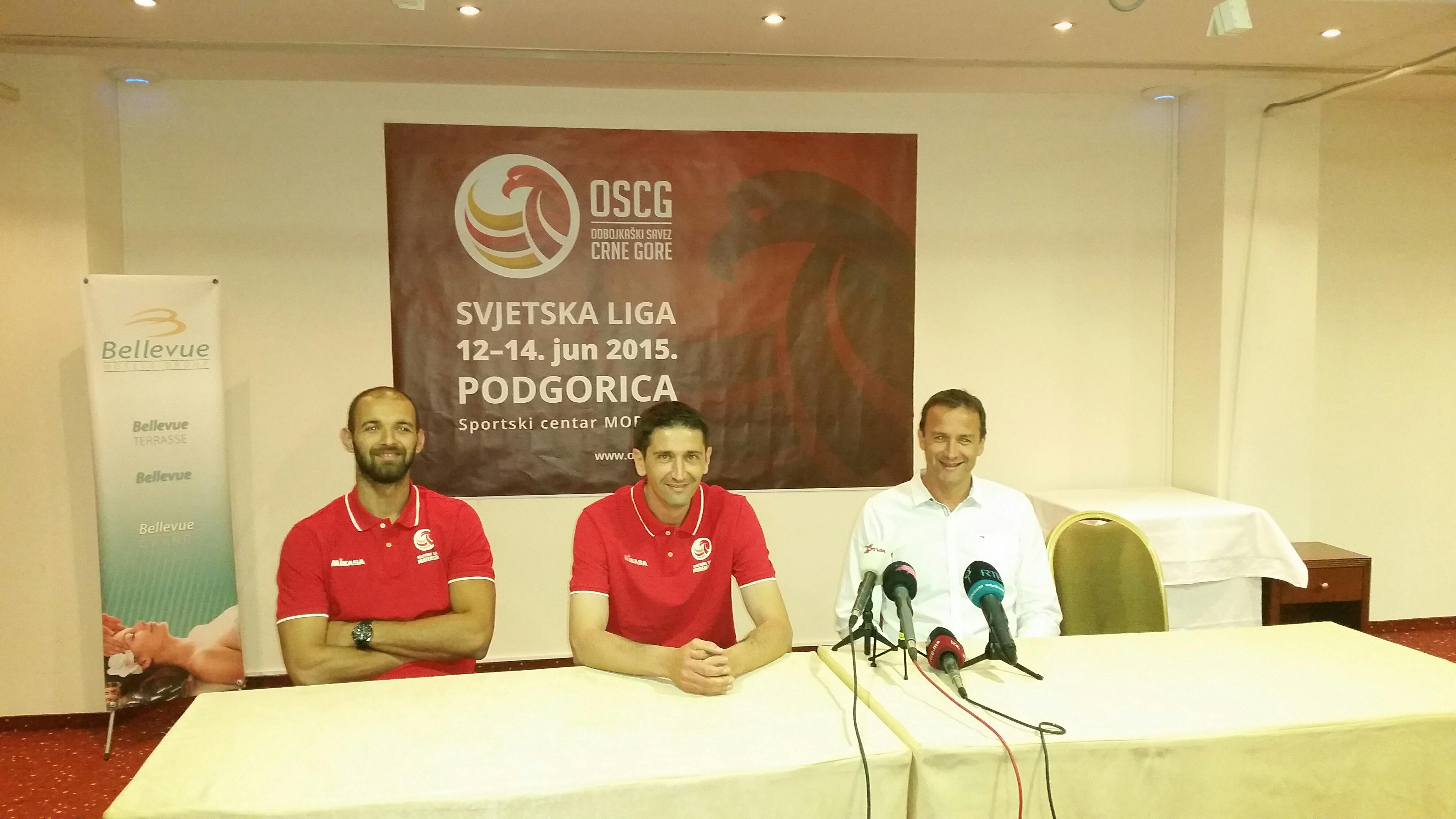 Kapiten Ćaćić, selektor Boškan i predsjednik OSCG Pajković na press-u