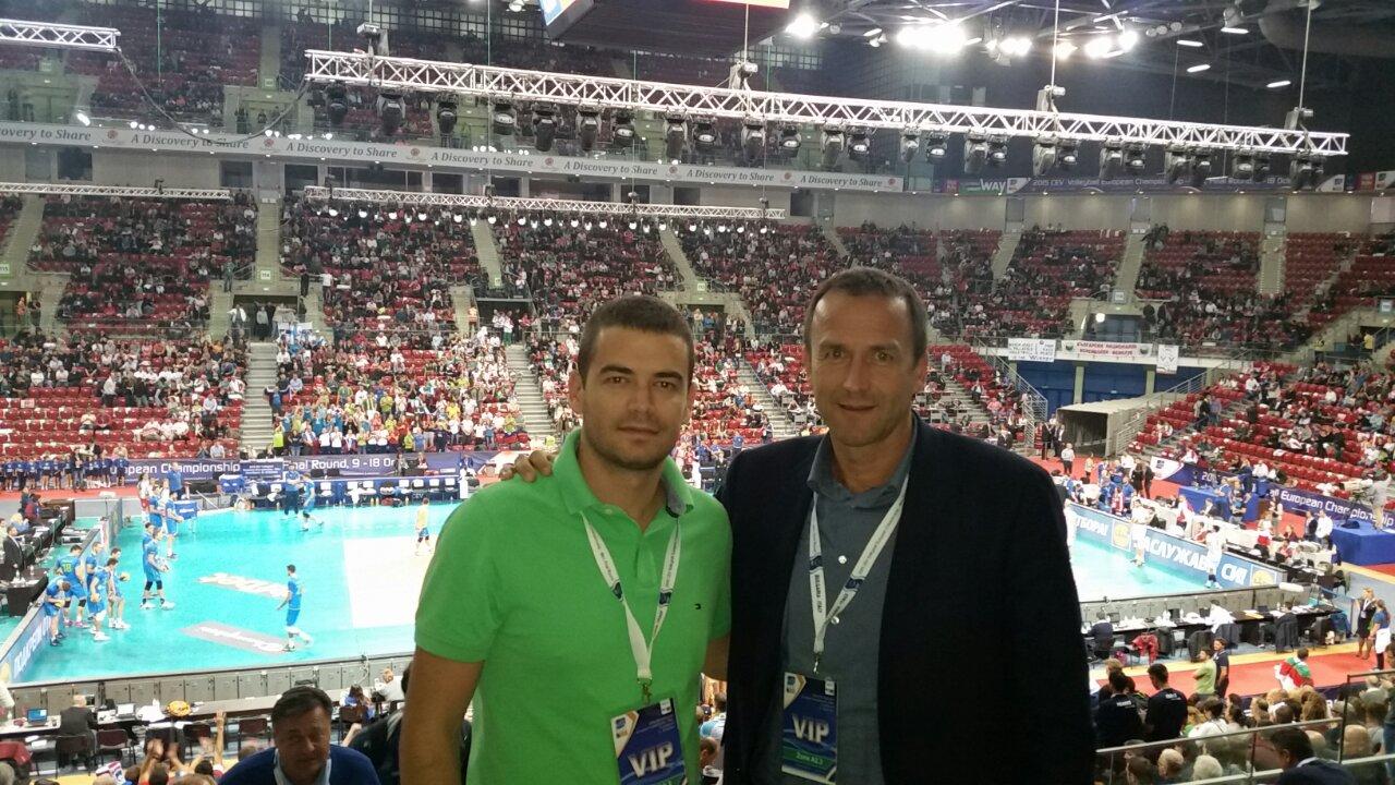 Predsjednik Cvetko Pajković i generalni sekretar Ivan Bošković na finalnoj utakmici Evropskog prvenstva